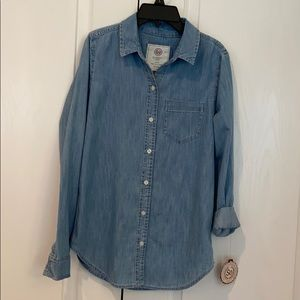 Denim button front shirt NEW with tags